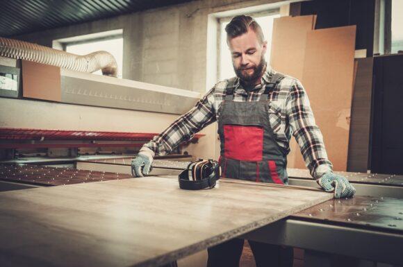 protect-consulting-curs-operator-la-producerea-semifabricatelor-din-lemn